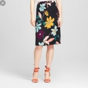 Who What Wear | Black Floral Skirt | 18W